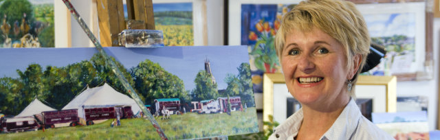 Introduction to Acrylics with Diana Aungier-Rose - £68