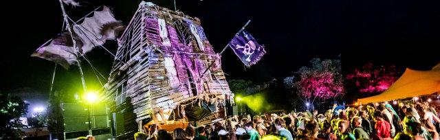 Return Transport to Island Vibe festival On North Stradbroke Island