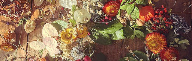 Festive Flower and Driftwood Creations