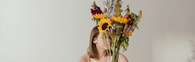 Laura Corona // Affrontare la menopausa con l'aiuto della naturopatia