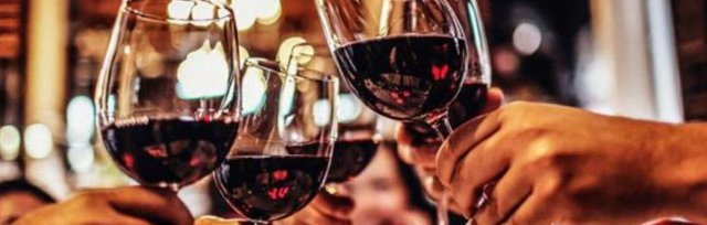 The Red White & Black Oregon Wine Tour (Limited Seats)