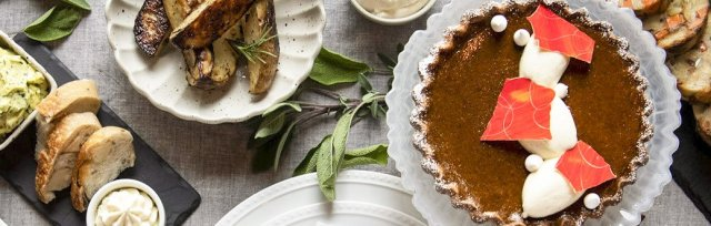 Thanksgiving Pies & Desserts To Go