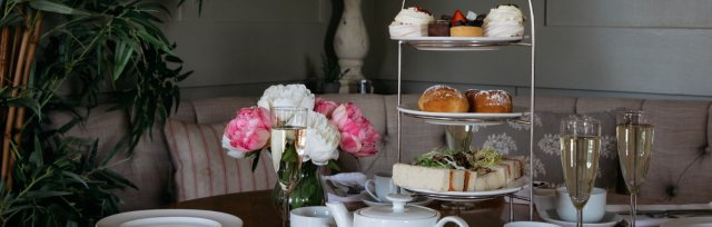 Mother's Day Afternoon Tea Takeaway: Saturday