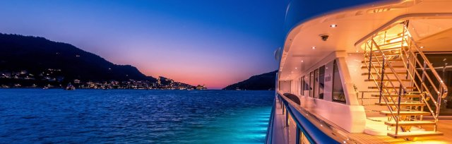 Family Offices, Superyachts and Business Jets