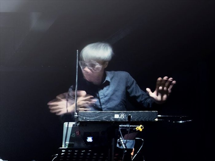Buy tickets for Theremin A Capella - workshop by Ng Chor